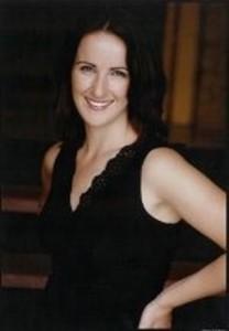 Kelly Straughan