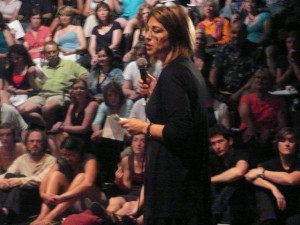 Naomi Klein addresses a capacity crowd at The Great Hall during a Department of Culture organizing meeting just prior to the 08 federal election